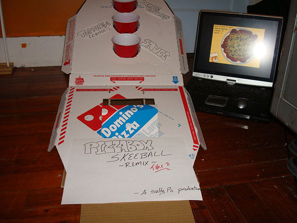 14095585496996 diy pizza box 10 1 Your Pizza Box isnt Just meant to serve you Pizza! Heres Why..