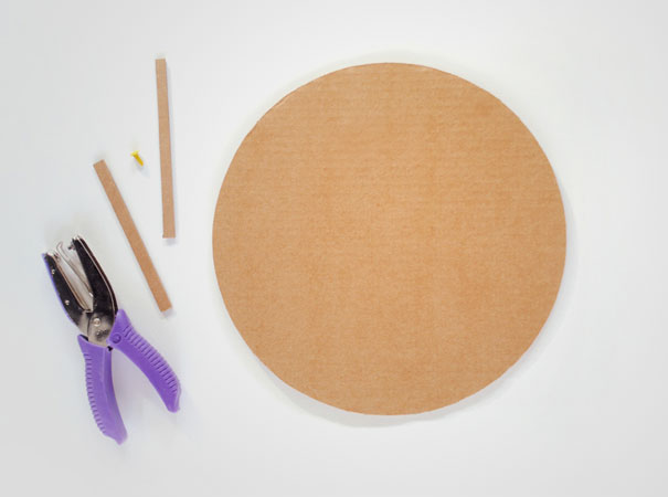 14095585542679 diy pizza box 14 2 Your Pizza Box isnt Just meant to serve you Pizza! Heres Why..