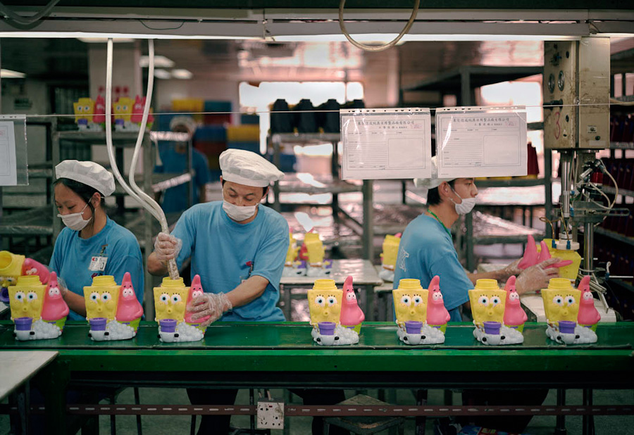 14095617326068 chinese factory workers toys 22 A pack of headless bodies? These images do a great job of stirring the ignorant souls